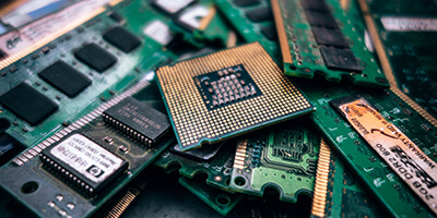 Why is recycling ewaste important?